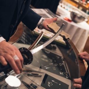 Katana: l'arte dell'acciaio dai Samurai ai coltelli moderni