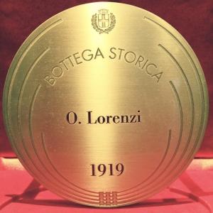Famiglia Olimpio Lorenzi tra le Botteghe Storiche di Milano